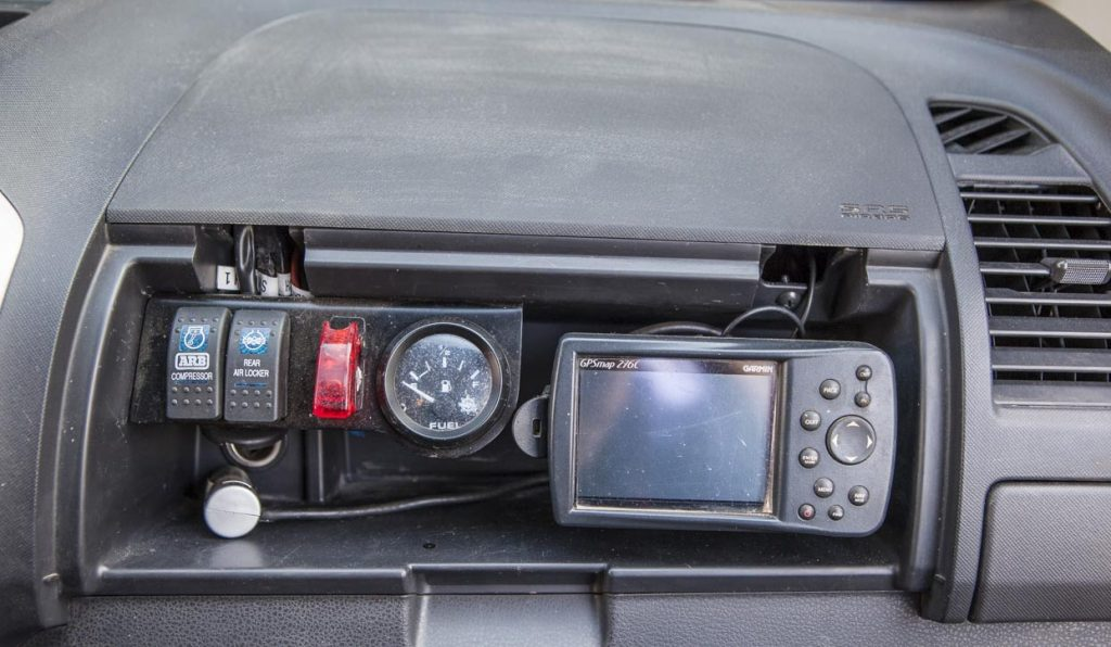 La commande du compresseur, du différentiel, jauge de réservoir et GPS